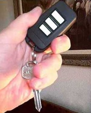 Hi-Def Key Chain Spy Camera/DVR