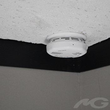 BB4KNESmokeDualCam - Wi-Fi Hardwired Smoke Detector with Night Vision
